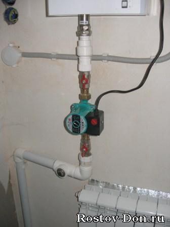 Установка циркуляционных насосов в систему отопления. ( врезка в пластмассу и металлические трубы...